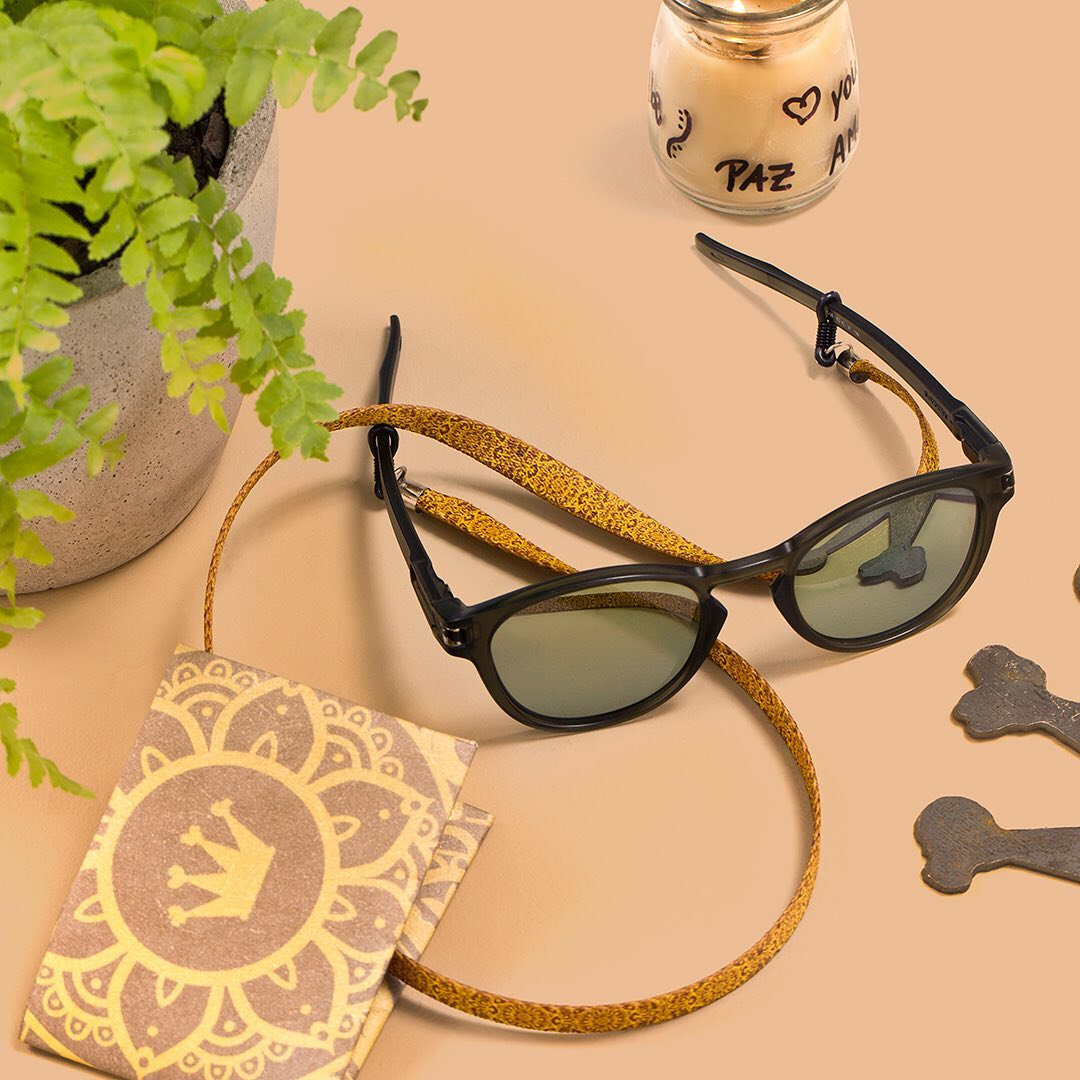 Óculos de sol com Cordão Cuscoloko Mystic